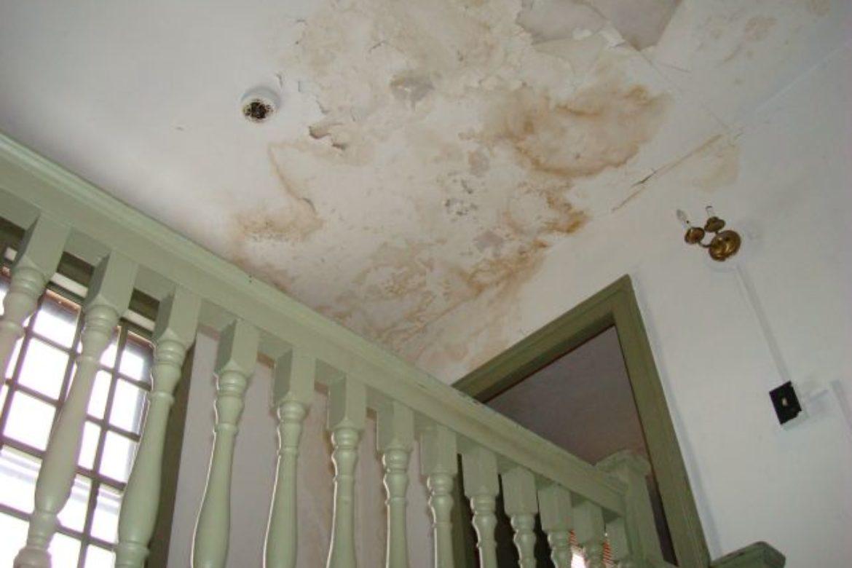 ceilingwaterdamage_2_orig
